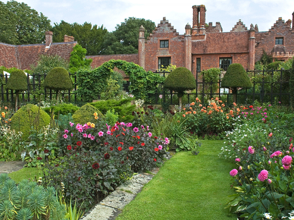 Glorious gardens and beautiful countryside