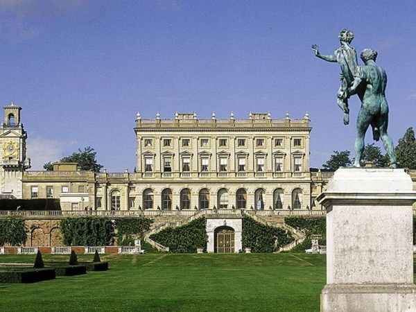 Buckinghamshire's Must-see Manors