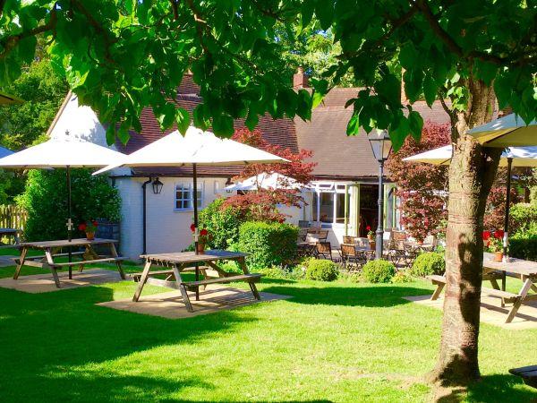 The Best Beer Gardens in Buckinghamshire