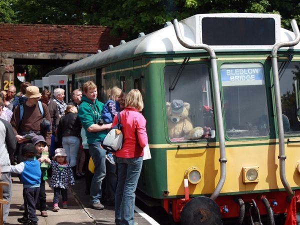 Open Weekend FREE VISIT + RIDES at Chinnor & Princes Risborough Railway
