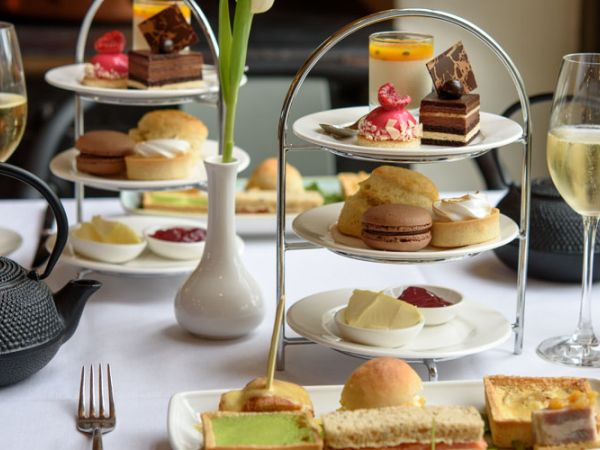 Wine tasting and afternoon tea with the Gusbourne Estate