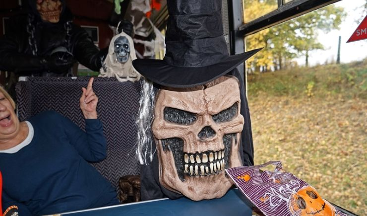 Hallowe'en Spooks & Ghouls KIDS £1 at Chinnor & Princes Risborough Railway