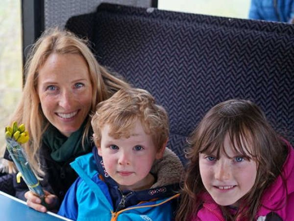 Mothering Sunday Specials MUM HALF PRICE at Chinnor & Princes Risborough Railway