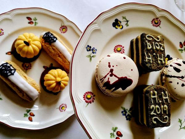 Halloween-inspired Afternoon Tea with Prosecco